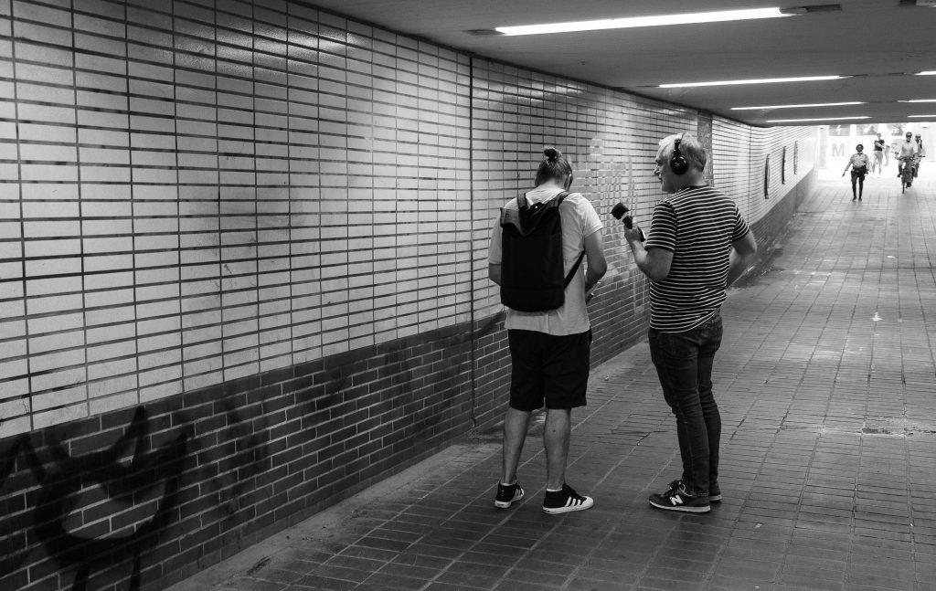 Im Tunnel unter der Buxtehuder Straße findet das erste Foto seinen Platz